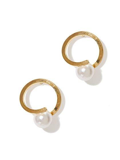 Pearl Swirl Earring