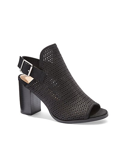 Perforated Buckle Sandal - New York & Company