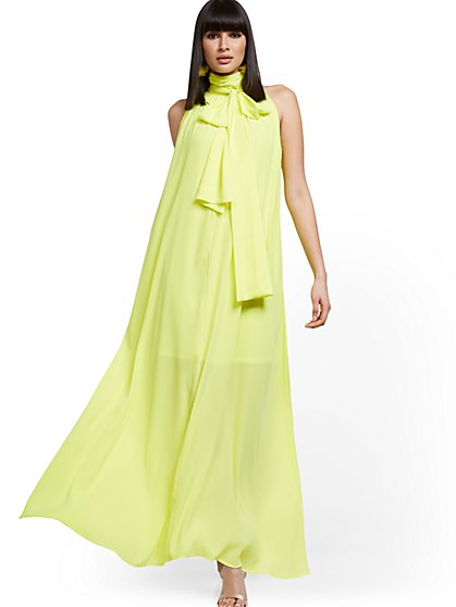 Petite Halter Maxi Dress - New York & Company
