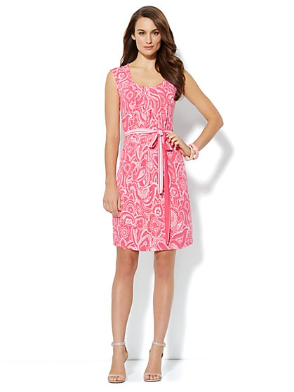 Pleat-Neck Belted Dress - Scroll Print - New York & Company