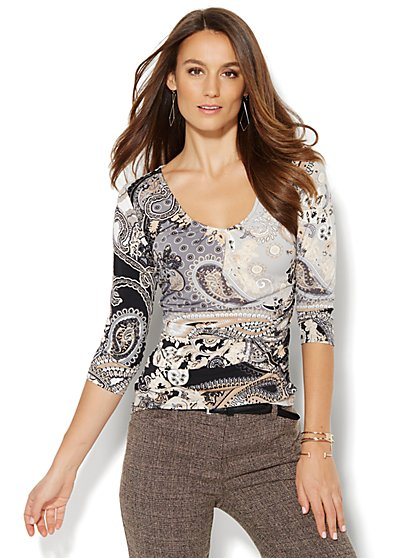 Pleated & Shirred V-Neck Top - Paisley  - New York & Company