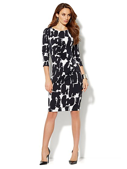 Pleated Stretch Dress - Print - New York & Company