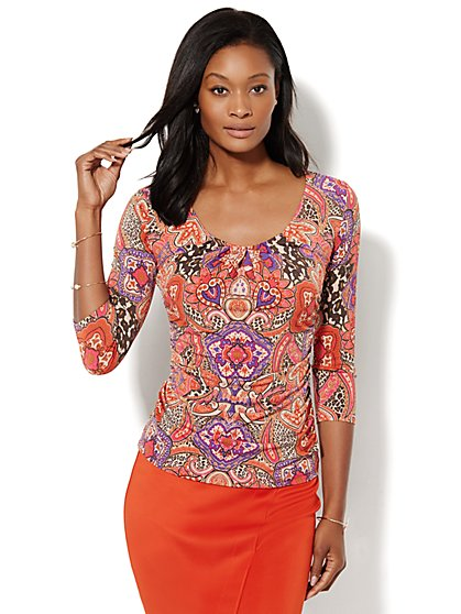 Pleated V-Neck Top - Paisley Print   - New York & Company