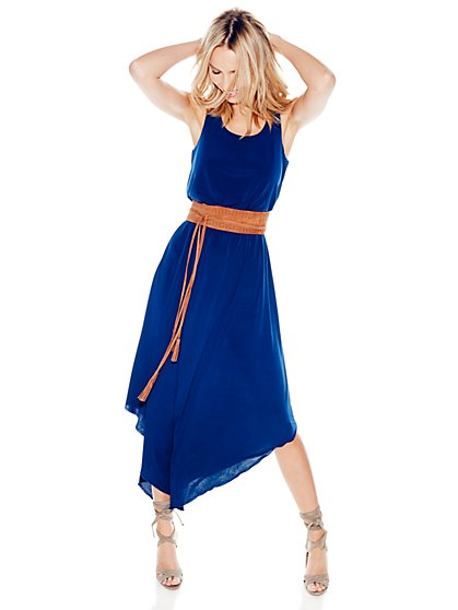 Pointed-Hem Maxi Dress - Solid - Petite  - New York & Company