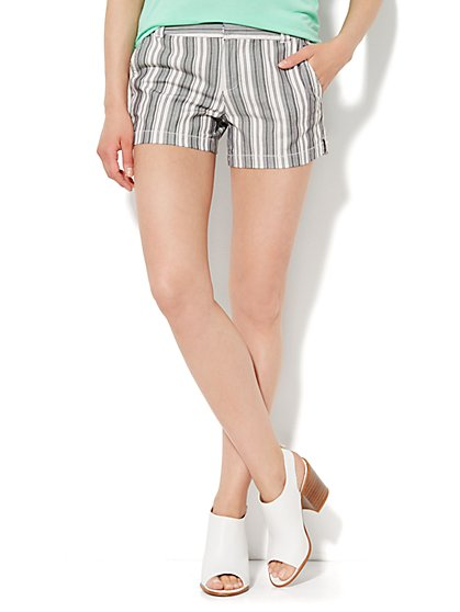 Railroad Stripe Short - Black - New York & Company