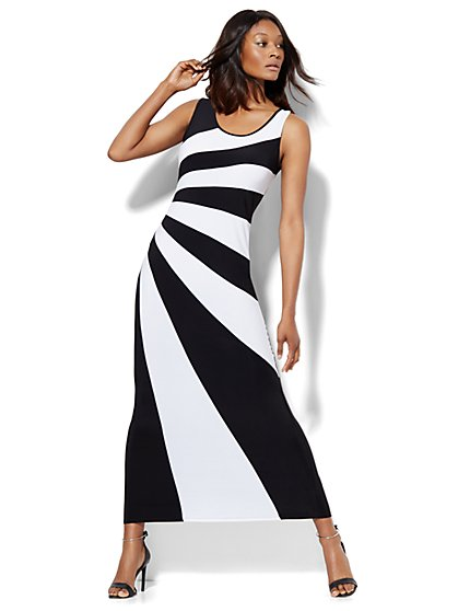 Scoopneck Maxi Dress - Black & White Stripe - New York & Company