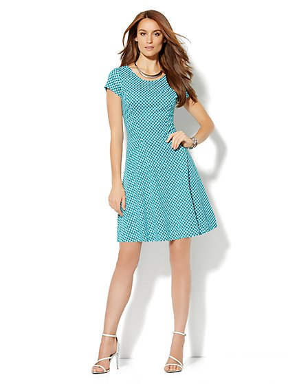 Seamed Flare Dress - Print - New York & Company