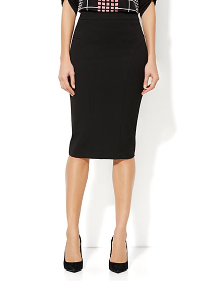 Seamed SuperStretch Pencil Skirt