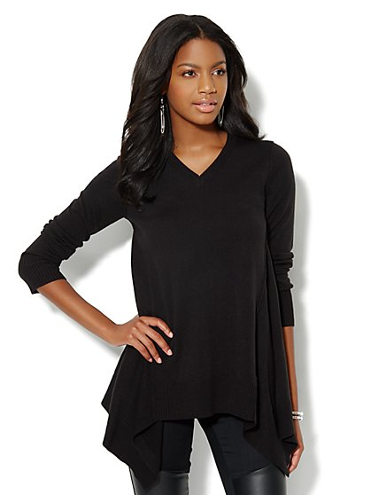 Sharkbite Tunic Sweater - New York & Company