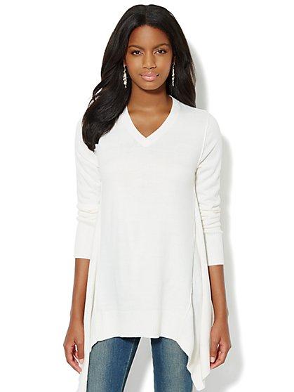 Sharkbite Tunic Sweater - New York & Company