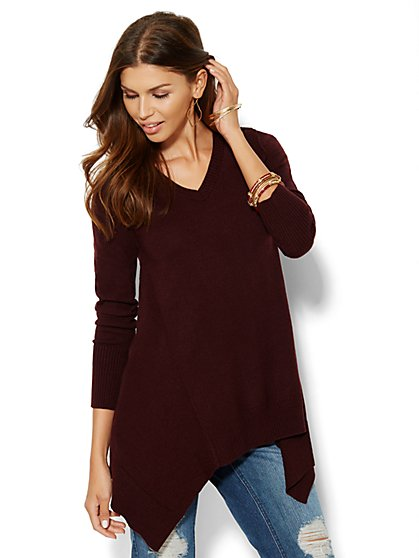 Sharkbite V-Neck Sweater - New York & Company