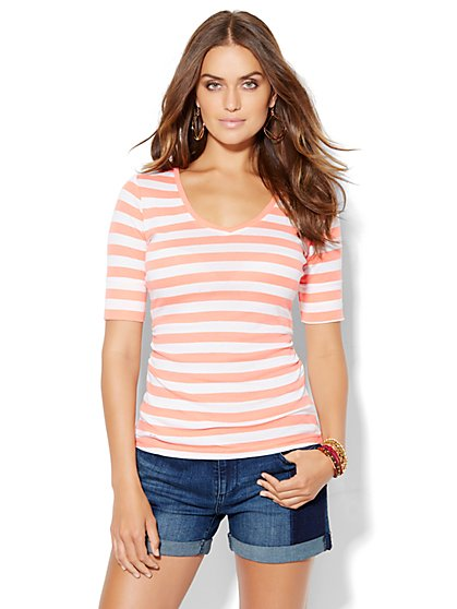 Shirred V-Neck Tee - Stripe  - New York & Company
