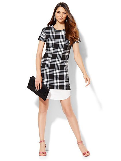 Shirttail-Hem Short-Sleeve Dress - Black & White Plaid  - New York & Company