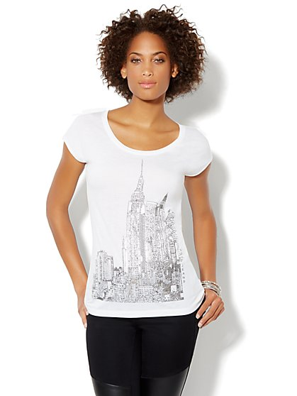 Skyline Graphic Logo Tee - New York & Company