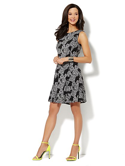 Sleeveless Flare Dress - Floral Print  - New York & Company