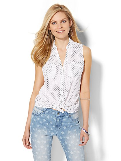 Sleeveless Soho Soft Shirt - Star Print  - New York & Company