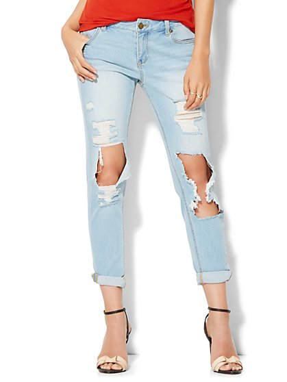 Soho Destroyed Relaxed Boyfriend Jeans - Sassy Blue Wash  - New York & Company