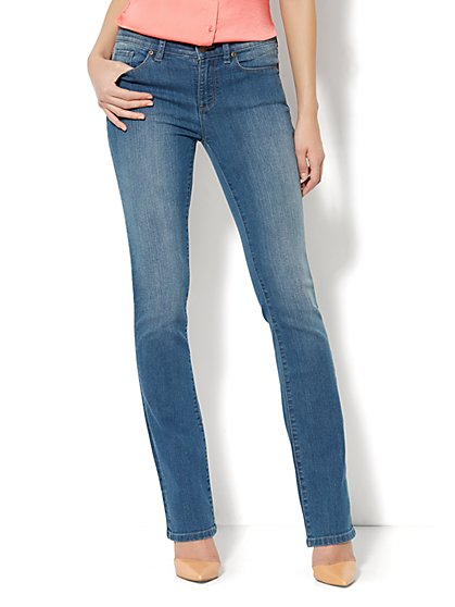 Soho Essential Jeans - Bootcut  - New York & Company