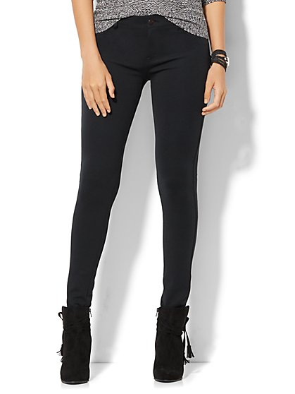 Soho Five-Pocket Ponte SuperStretch Legging - Petite - New York & Company