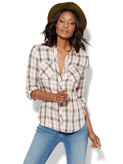 Soho Hi-Lo Soft Shirt - Plaid  - New York & Company