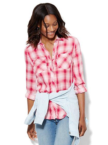 Soho Hi-Lo Soft Shirt - Plaid  - New York & Company