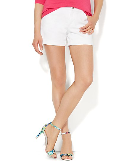 Soho Jeans - 4'' Short - Optic White  - New York & Company