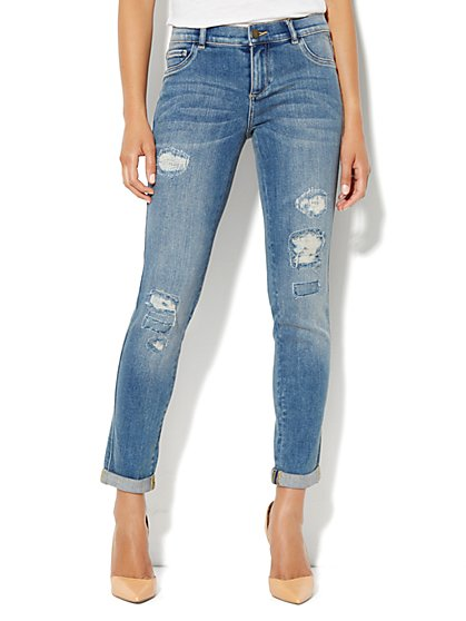 Soho Jeans Ankle Legging – Destroyed Accents - New York & Company