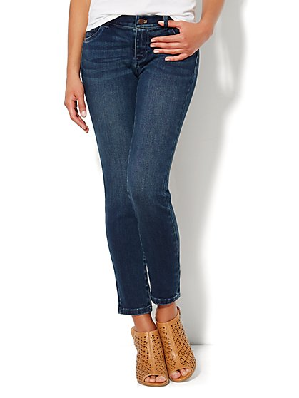 Soho Jeans - Ankle Legging - Everest Blue Wash  - New York & Company