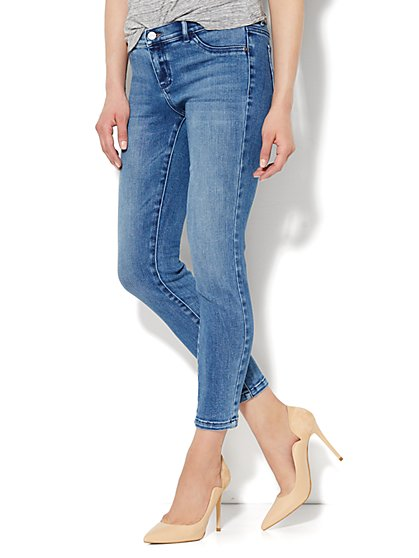 Soho Jeans - Ankle Legging - Heights Blue Wash  - New York & Company