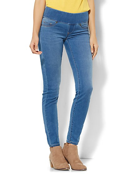 Soho Jeans - Ankle SuperStretch Legging - Pull-On - Waterfall Blue Wash  - New York & Company