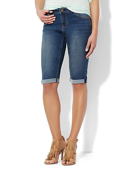 Soho Jeans Bermuda Short - Burning Blue Wash  - New York & Company