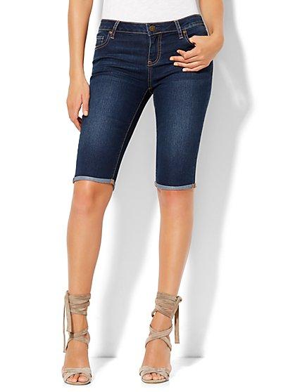 Soho Jeans Bowery Cuffed 13