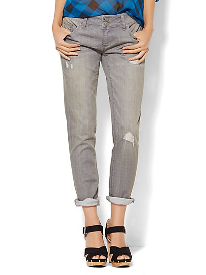 Soho Jeans - Boyfriend - Destroyed - Starling Grey Wash  - New York & Company