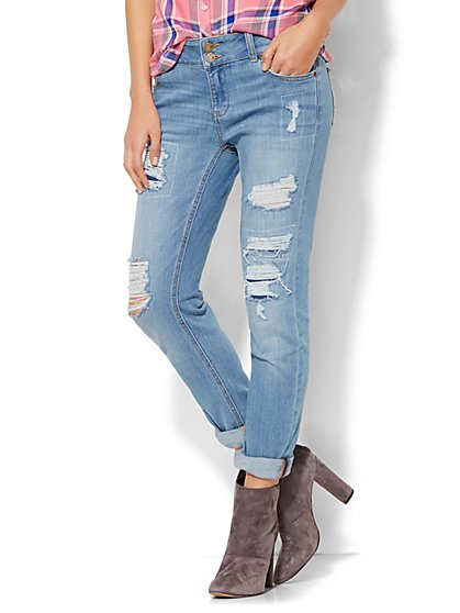 Soho Jeans - Boyfriend - Rip & Repair - Blue Highlight Wash  - New York & Company
