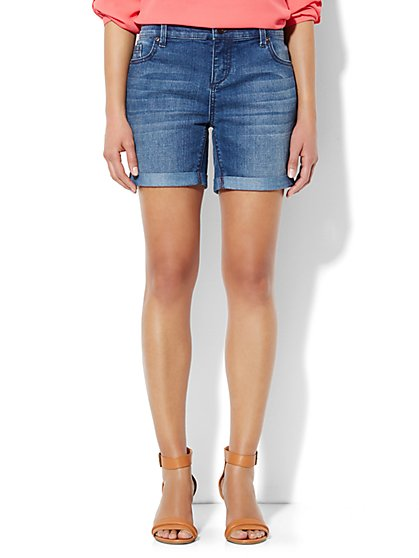 Soho Jeans Boyfriend Short - Heights Blue Wash  - New York & Company