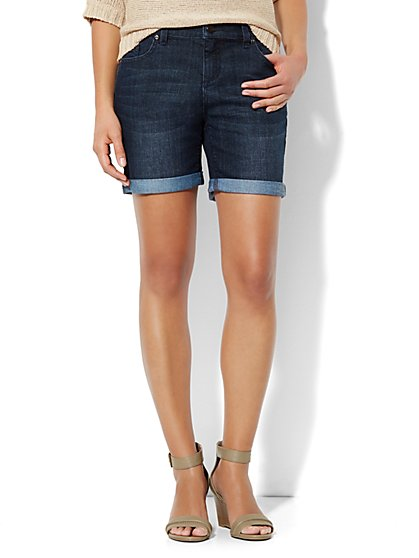 Soho Jeans Boyfriend Short - Theatrical Blue Wash  - New York & Company