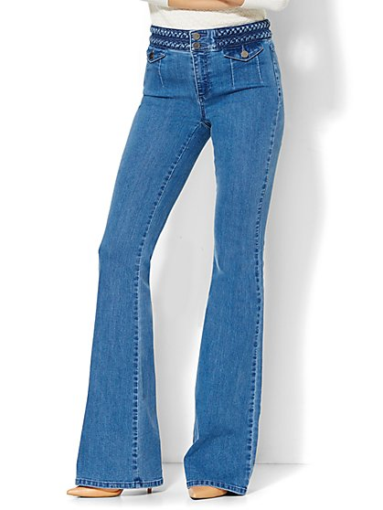Soho Jeans - Braided High-Waist Flare - Conquest Blue Wash - Petite - New York & Company