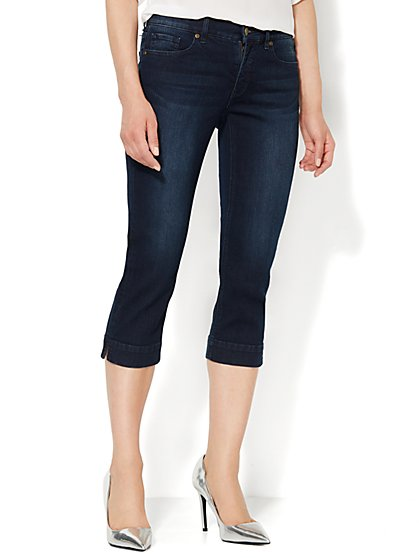 Soho Jeans City Slim Skinny Crop - Gentle Black Wash  - New York & Company