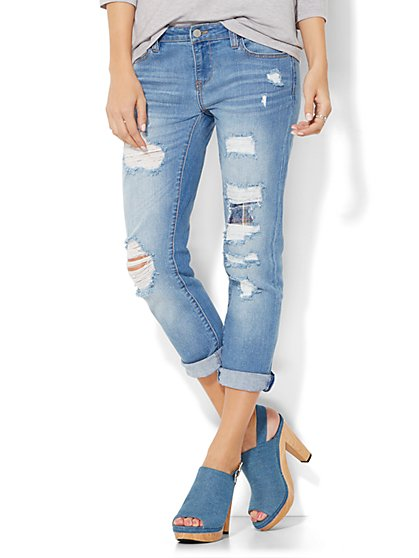 Soho Jeans Crop Boyfriend - Snowflake Blue Wash  - New York & Company