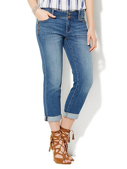 Soho Jeans Crop Boyfriend - Zip Accent - Goldstone Blue Wash  - New York & Company