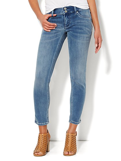 Soho Jeans - Curve Creator Ankle Legging - Honolulu Blue Wash  - New York & Company