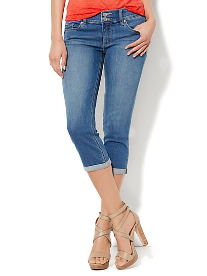Soho Jeans - Curve Creator Crop Legging - Wild Blue Wash  - New York & Company