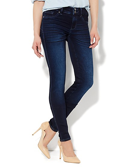 Soho Jeans - Curve Creator Legging - Harlow Blue Wash - Tall  - New York & Company