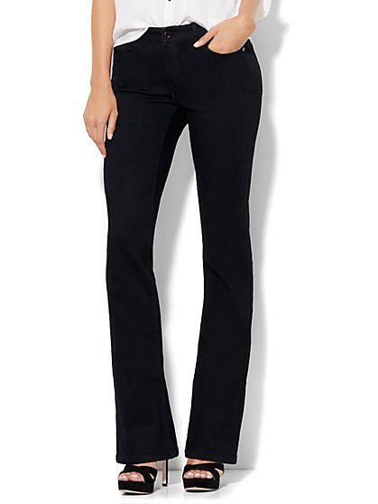 Soho Jeans - Curvy Bootcut - Black - Petite  - New York & Company