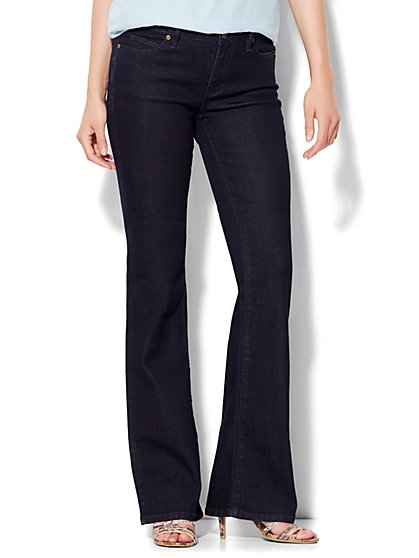 Soho Jeans Curvy Bootcut - Dark Midnight Wash - Petite  - New York & Company