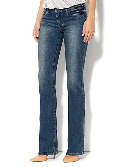 Soho Jeans Curvy Bootcut - Parade Blue Wash - Petite - New York & Company