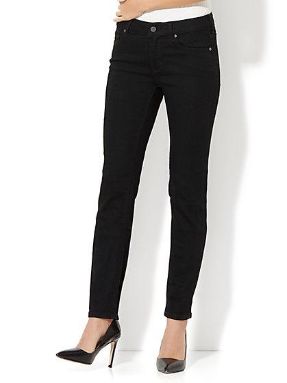 Soho Jeans - Curvy Skinny - Black - Petite - New York & Company