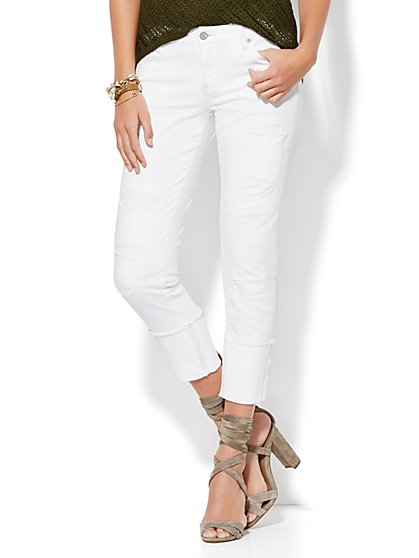 Soho Jeans - Destroyed & Cuffed Relaxed Boyfriend - Paper White  - New York & Company
