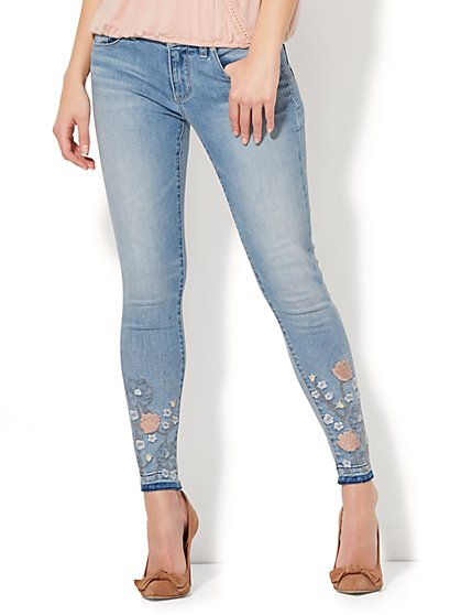 Soho Jeans - Embroidered Ankle Legging - Blue Wind Wash - New York & Company