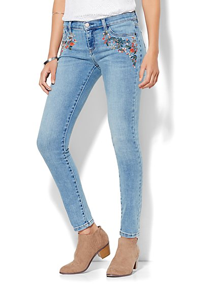 Soho Jeans - Embroidered SuperStretch Legging - Wild Blue Wash  - New York & Company